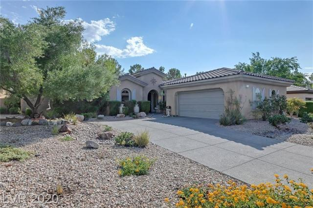 Property for sale at 11 Fountainhead Circle, Henderson,  Nevada 89052