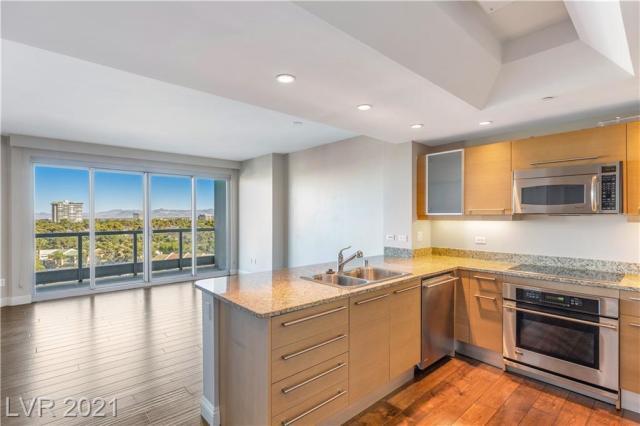 Property for sale at 322 Karen Avenue 705, Las Vegas,  Nevada 89109