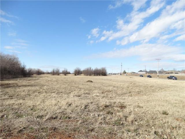 Property for sale at 424 S CZECH HALL Road, Yukon,  Oklahoma 73099