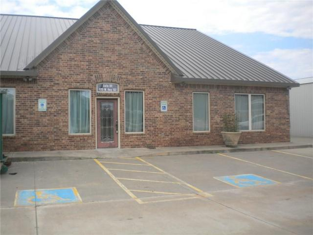 Property for sale at 1125 W State Highway 152 Highway, Mustang,  Oklahoma 73064