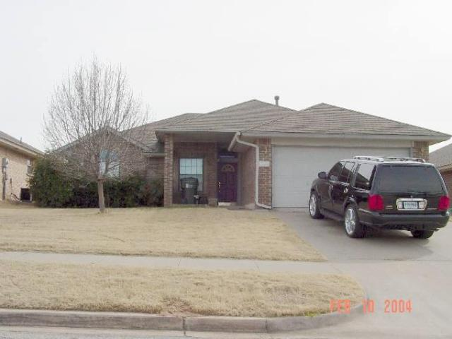Property for sale at 624 Coopers Hawk Drive, Norman,  Oklahoma 73072