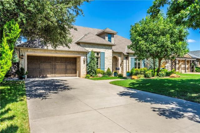 Property for sale at 1717 Dorchester Place, Nichols Hills,  Oklahoma 73120