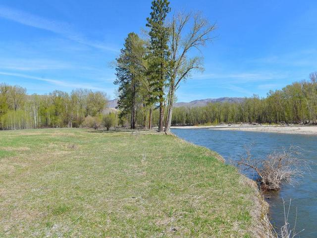 Property for sale at 4 Halyruud Lane, Twisp,  WA 98856