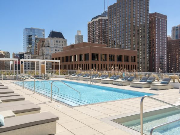 Old Town Chicago Luxury Apartments For