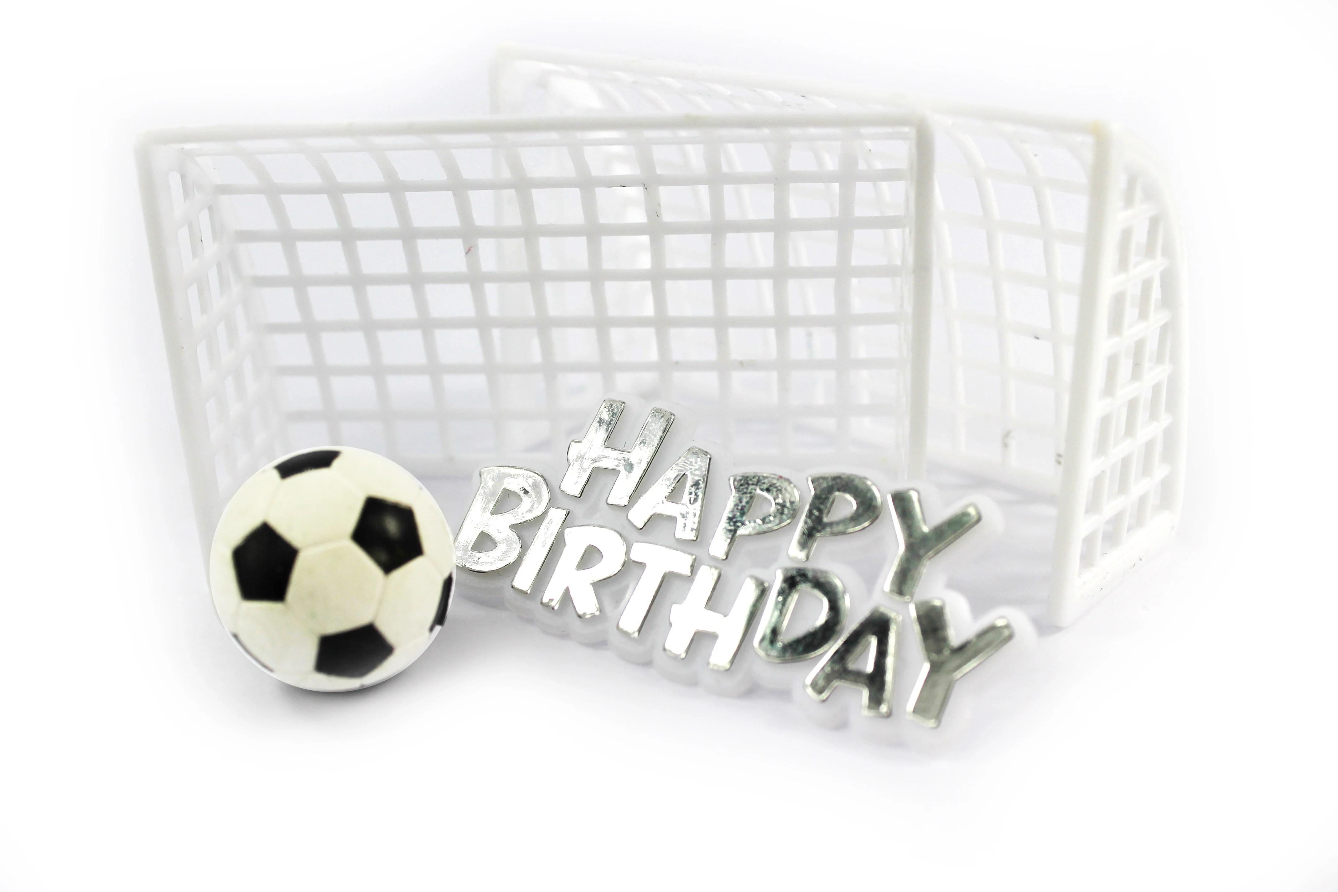 decor gateau anniversaire ballon foot et but