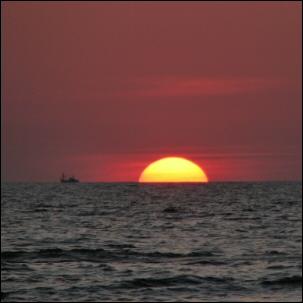 Sunset in the horizon