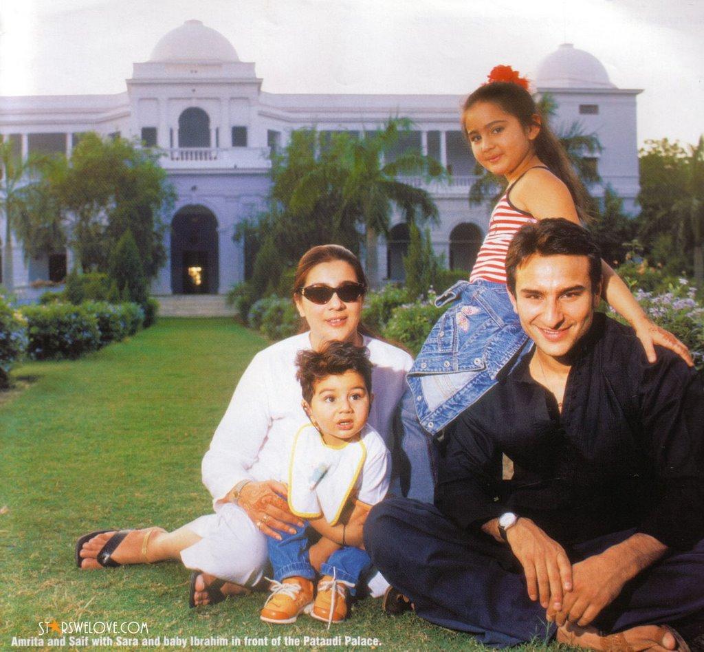 Bollywood Family Saif Ali Khan