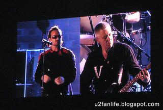 Bono y Adam Clayton
