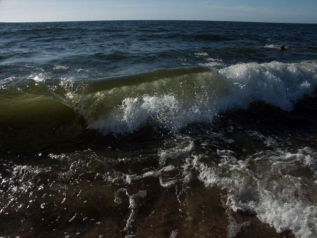 Üleeilane laine Nõval
