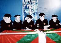 La banda terrorista ETA en una de sus últimas apariciones
