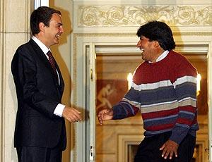 Qué bien se lo pasan los dos presidentes. Evo y Zapatero conectaron estupendamente bien