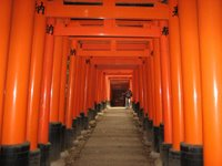 Día 10: Japón (Kyoto: Fushimi Inari, etc. Nara: Templos Todaiji, Kofukuji, Nigatsu y Sangatsu, Museo Nacional, Santuario Kasuga, etc. Osaka: Nipponbashi y Namba con Den Den Town y Dotonbori, Amerikamura, Umeda, etc).