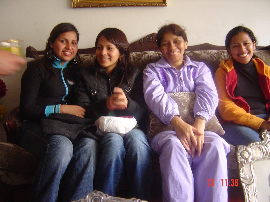 """CASA HOGAR """"SEMILLITA DE AMOR"""" PERU: 200610-14 Una"""