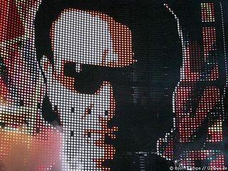 U2_Bono_Vertigo_Tour