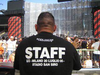 U2 vertigo tour Milan DVD