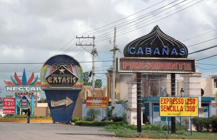 Mujer dominicana de santiago morena - 3 10