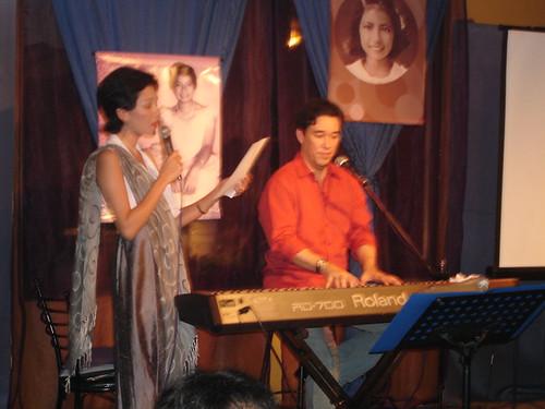 cong. risa singing