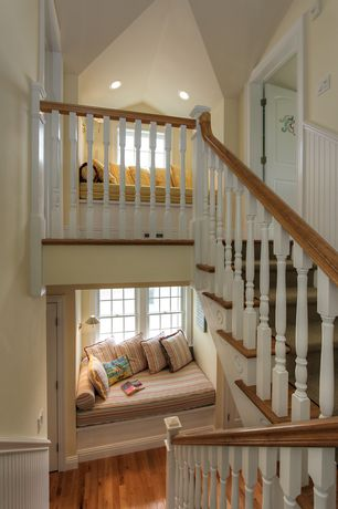 Cottage Staircase Design Ideas Amp Pictures Zillow Digs