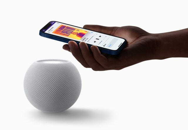 The HomePod mini uses UWB for device proximity features.