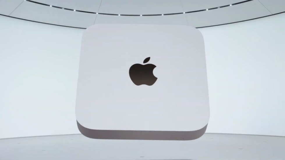 The Mac mini with an M1 processor has two Thunderbolt 3 ports, an HDMI port, and two USB-A ports