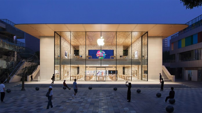 Apple has bet big on China, and now the company has set a quarterly record in the country