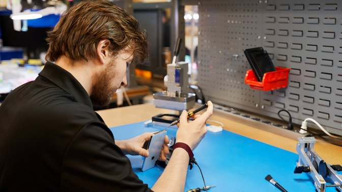 Repairing an iPhone