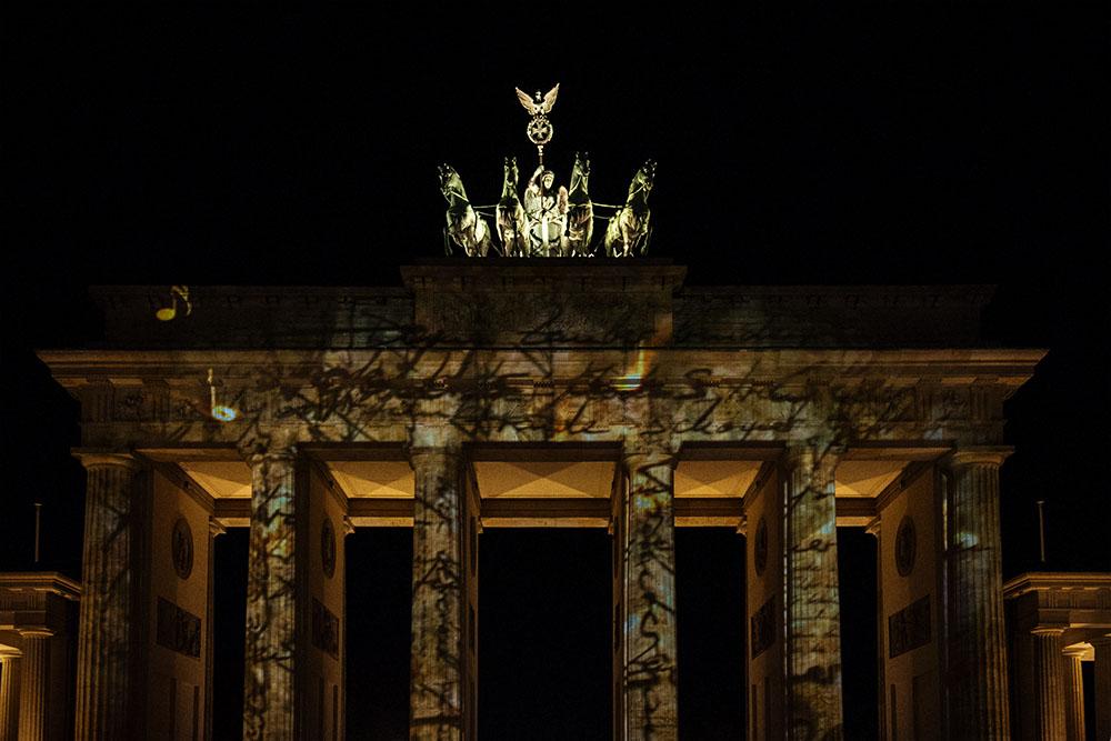 berlin, festival of lights, dark, night, event, autumn, berliner dom,, brandenburger tor
