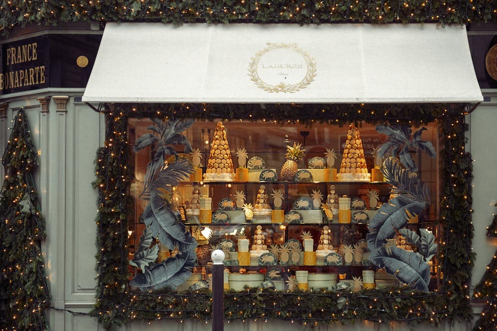 Paris, Laduree, window display