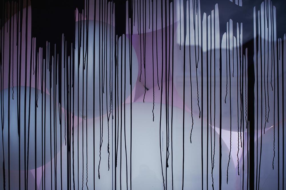eva schlegel, falling clouds, installation, mq, vienna, artbox, quartier 21