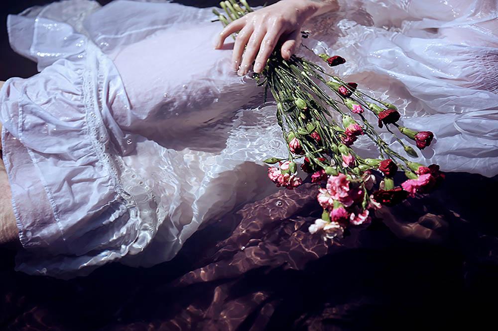 summer, ophelia, photo shoot, fotografie, vienna, wien, fotograf wien, ursula schmitz, water, wasser, portraiture