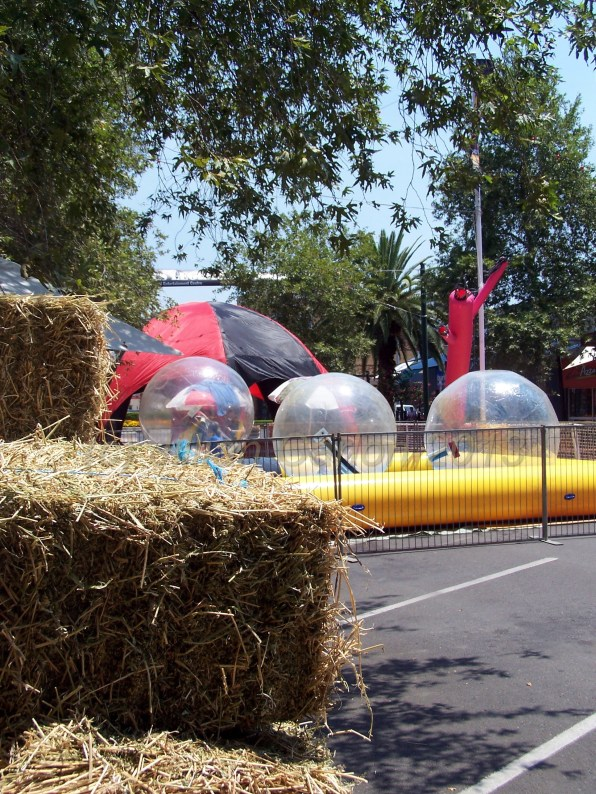 "More of the ""water play"". Note the hay bales? They gave a country feel to the dry splash."