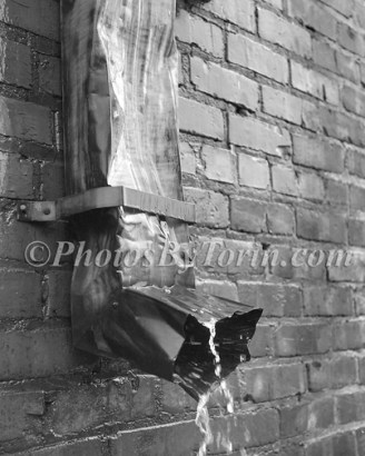 Water Spout BW