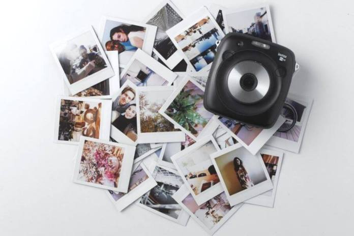 instant-film-square-format-with-fujifilm-instax-square-sq10