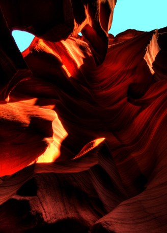 Lower Antelope Canyon - Harsh