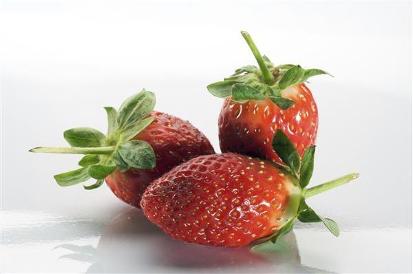 3 strawberries