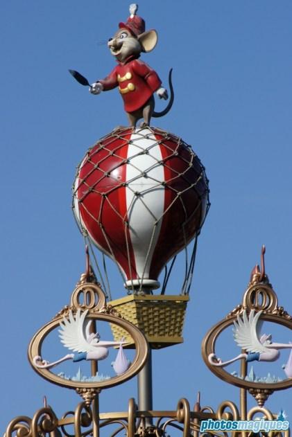 Dumbo The Flying Elephant