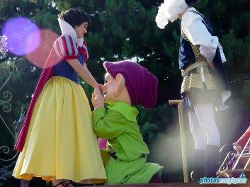 Snow White, Prince, Dopey (2005)