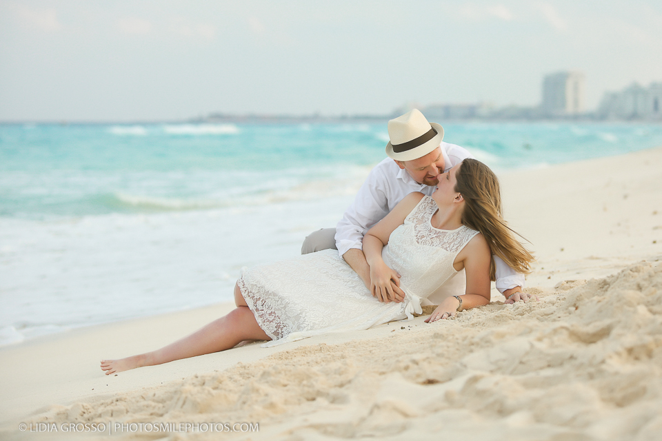 small-res-Amber-and-Derek-portrait-Cancun-114.jpg