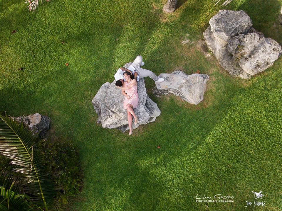 drone-ELizabeth-and-Fernando-Cancun-ss.jpg
