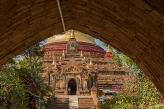 Dhamma ya za ka zedi temple Bagan