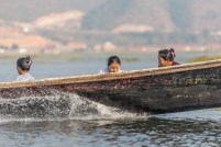 Pirogue lac Inle