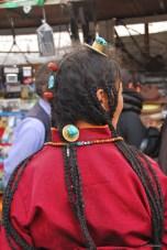 Pélerin - Bakuo Street près du Jokhang Lhassa - Tibet