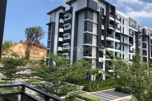 Greenfield Residence Menggatal