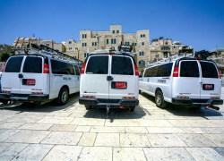 Chevrolet Einsatzfahrzeuge der Polizei von Jerusalem, Israel. Juli 2017 // Chevrolet emergency transporter of the police of Jerusaelm, Israel. July 2017
