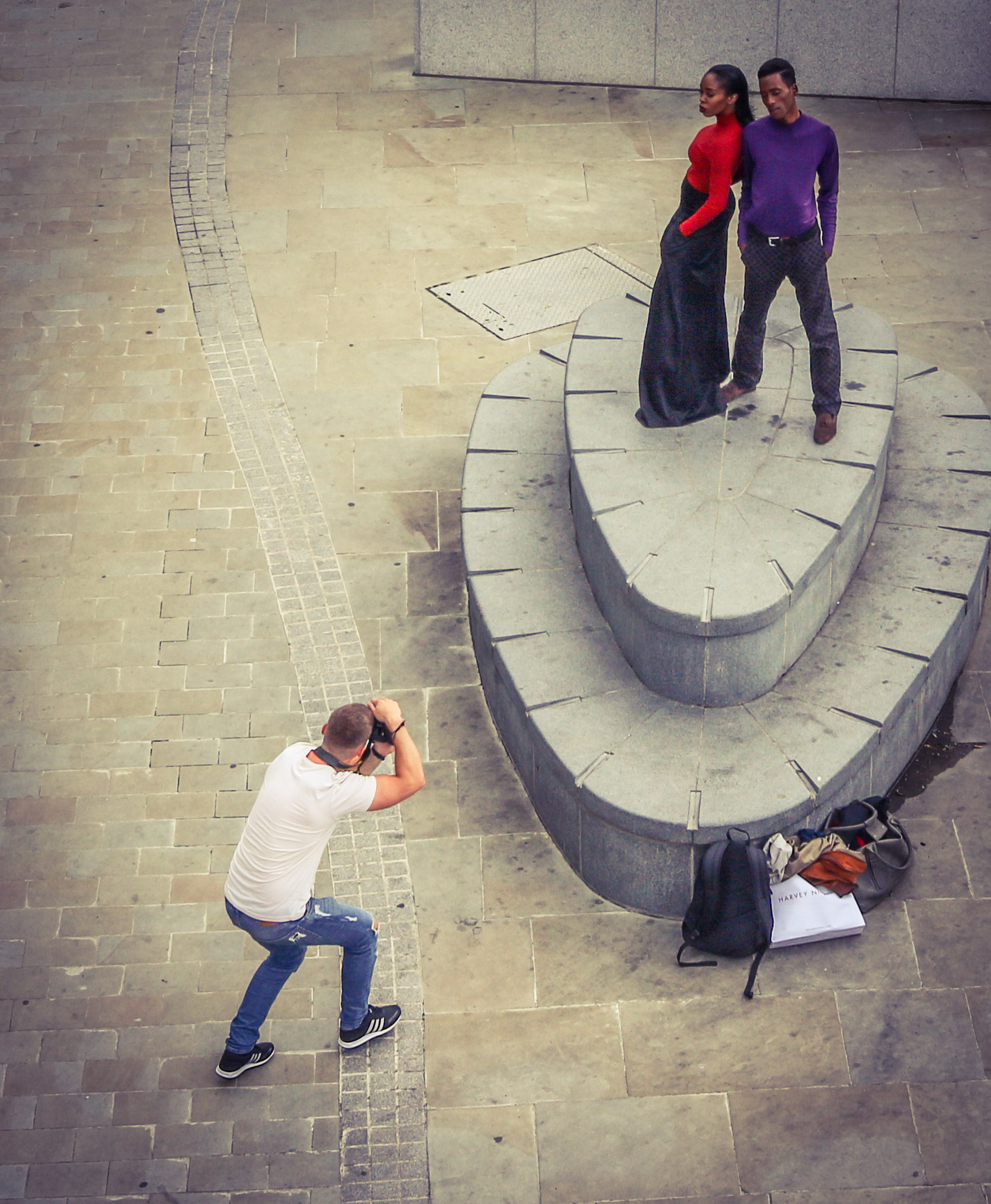 Photo session with fashion models on the bank of Thames