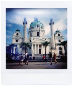 Diana Instant Square Axel Guelcher