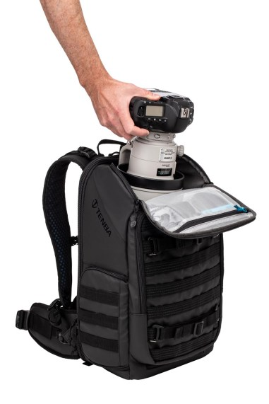 Axis 20L Backpack PT04 TopAccess