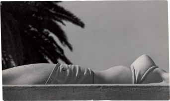 ©Guy Bourdin, Untouched