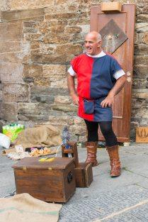 Vicopisano, Toscana - mutatványos és barátja, a galamb a Festa Medievale-n