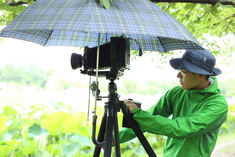 【撮影用品紹介 vol.3】 雨の日に使える!アンブレラホルダー・アンブレラクランプ